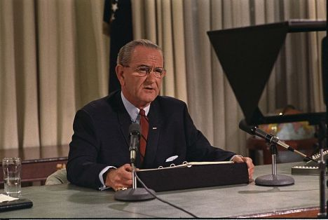 Lyndon B. Johnson speaks to nation on TV on March 31, 1968