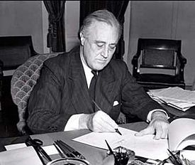 President Roosevelt signs the Lend-Lease bill (1941)