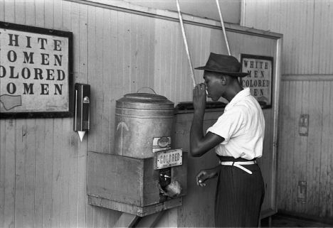 %22Colored%22_drinking_fountain_from_mid-20th_century_with_african-american_drinking