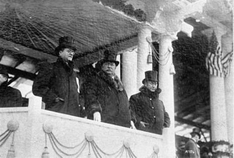 U.S. President, William Howard Taft, center, reviewing the parade after his inauguration as President March 4, 1909.