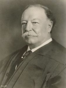 640px-William_Howard_Taft_as_Chief_Justice_SCOTUS