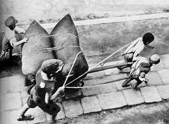 Jewish children working in the Lodz Ghetto