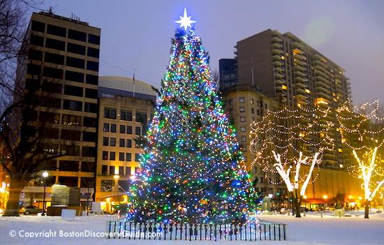 Christmas In Boston Massachusetts.May 11 1659 Massachusetts Bans The Celebration Of