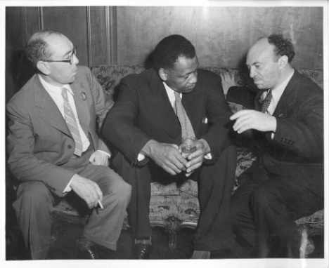 Soviet Yiddish writer Itsik Fefer, singer/actor/activist Paul Robeson, and the legendary Soviet Yiddish actor Solomon Mikhoels at the Soviet Consulate, 1943. (via Milken Archive)