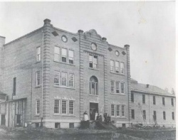 The Northern Idaho Sanitarium built in 1905 at Orofino, Idaho with a capacity of 250 beds.
