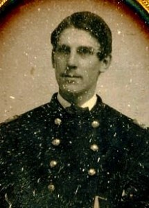 Daguerreotype showing Holmes in his uniform, 1861