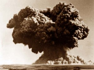 The mushroom cloud resulting from the Operation Hurricane detonation